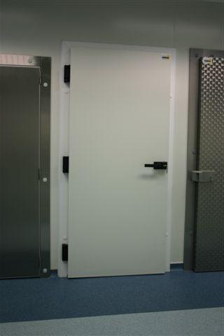 Besoin de porte chambre froide? Portes chambre froide à cadre fixe